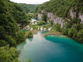 Плитвицкие озера: Водопады и другие красоты главной достопримечательности Хорватии