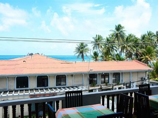 Горящий тур «Шри-Ланка, рядом с коралловым рифом в Хиккадуве»
