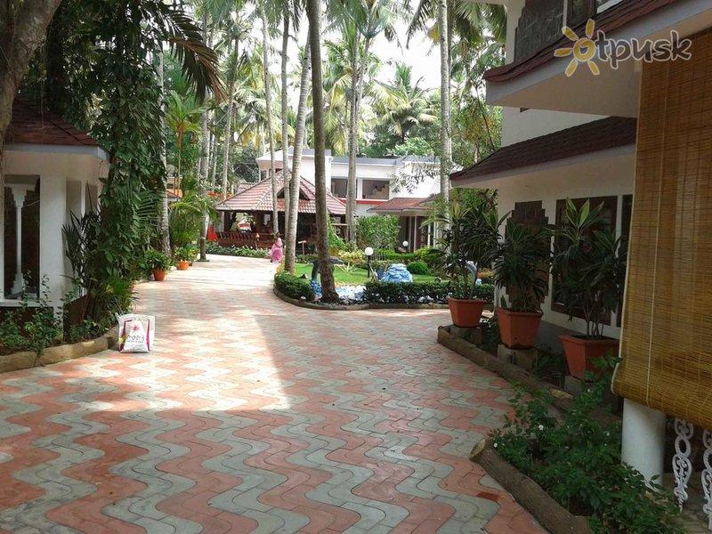 Фото отеля Akhil Beach Resort 2* Керала Индия