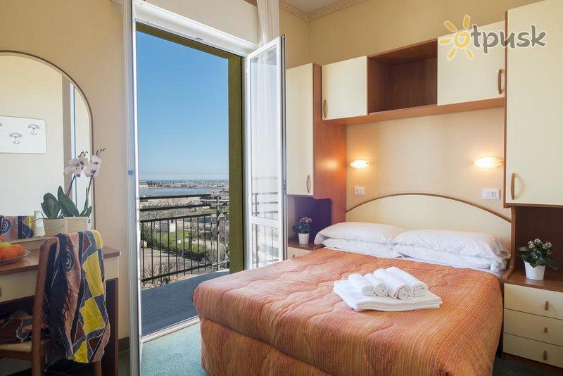 Фото отеля Crosal Hotel 3* Римини Италия