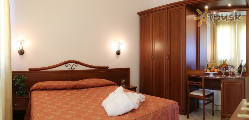 Фото отеля Sovrana Hotel & Re Aqva Spa 4* Римини Италия