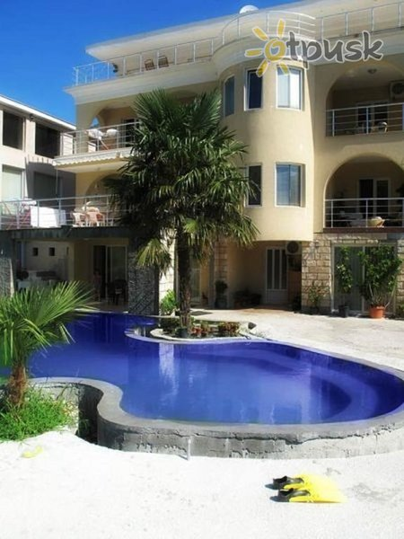 Фото отеля Jovicevic Pool Villa 3* Петровац Черногория