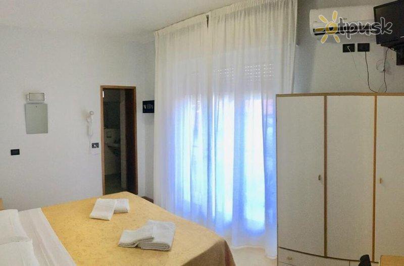 Фото отеля  Lucciola Hotel (Riccione) 2* Римини Италия