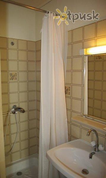 Фото отеля Roi Rene 2* Париж Франция