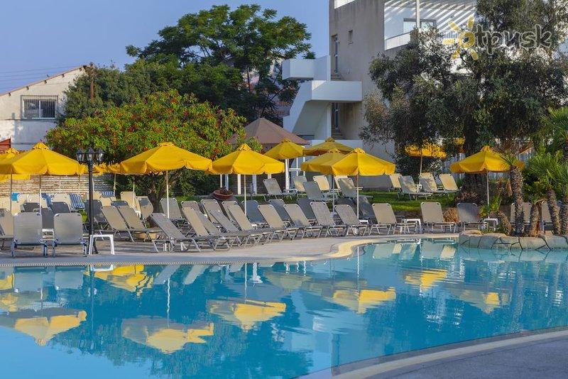 Фото отеля Smartline Mayfair Paphos 3* Пафос Кипр