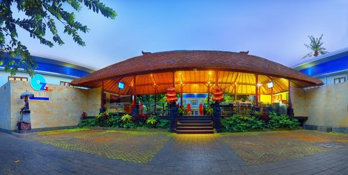 Тур в Ozz Hotel Kuta Bali 4☆ Индонезия, Кута (о. Бали)