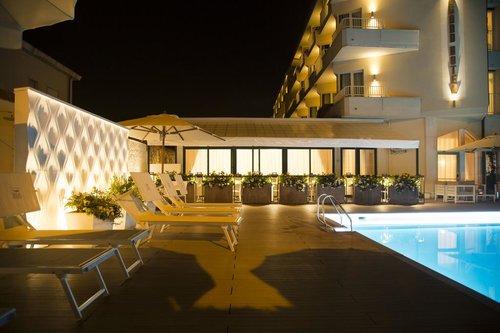 Тур в Grand Hotel 4☆ Италия, Форте-дей-Марми