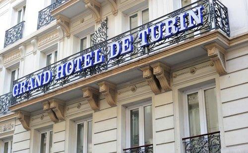 Тур в De Turin Grand Hotel 2☆ Франция, Париж